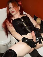 TS Jamie French hard girl-cock in basque and leather boots