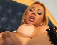 blonde trans valquiria drumond fucked